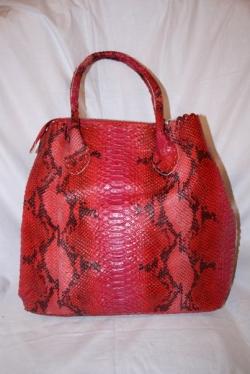 03329  Женская сумка красная